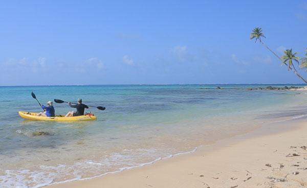 little-corn-island-nicaragua-beach-bungalow-eco-lodge-resort-hotel-kayak-stand-up-paddle-board
