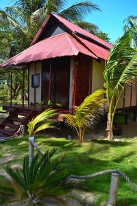 little-corn-island-beach-bungalow-cabins-rooms-gulliver